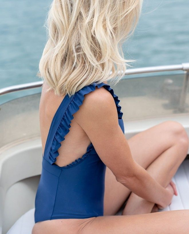 Maillot anti-UV femme Tara en bleu myrtille de Canopea