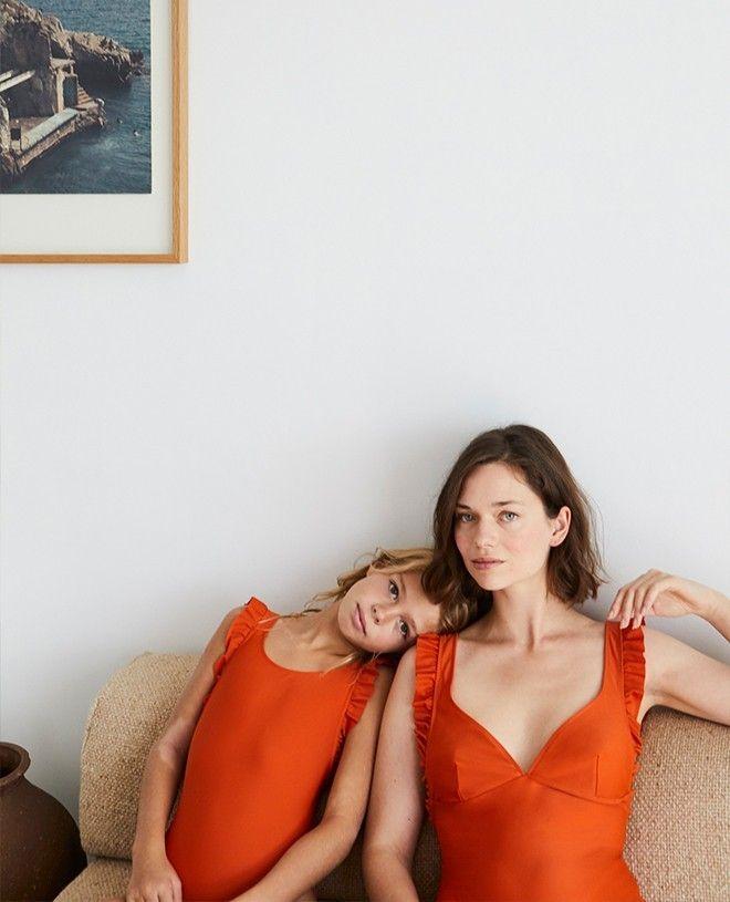 Maillot de bain une pièce anti-uv Thelma orange safran pour enfant et fille de Canopea