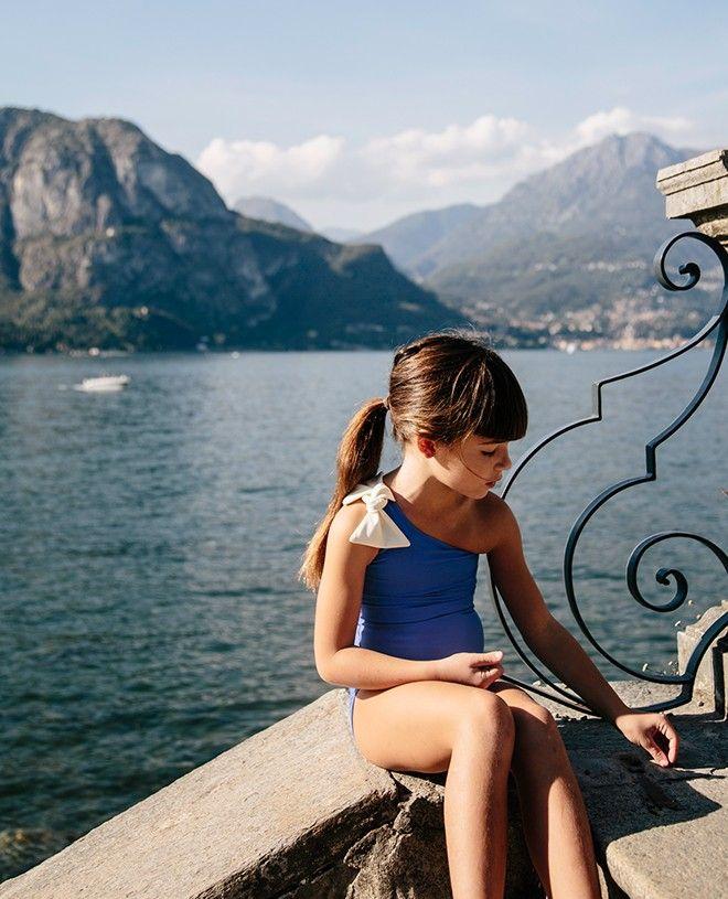 Maillot de bain une piece anti-uv bleu Indigo pour fille de Canopea