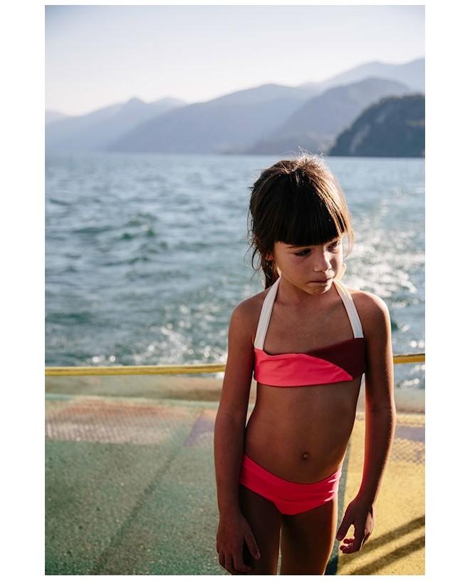 Girl wear the Sienna sun protective bikini for girls by Canopea