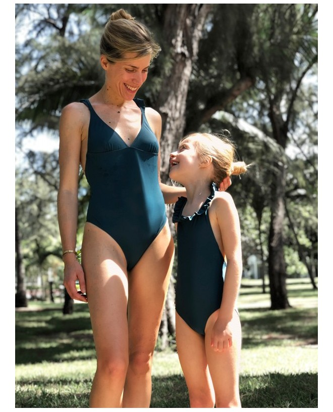 Maillot de bain anti-UV femme, mère et fille en vert pin de Canopea