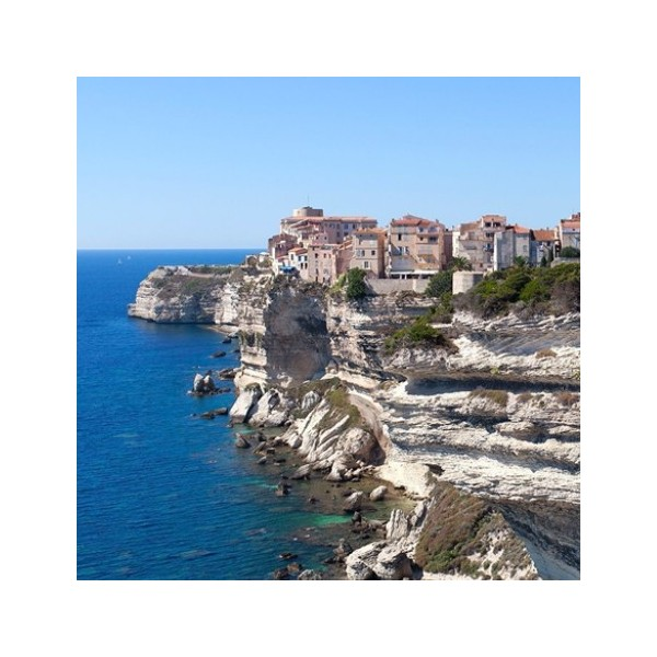Where to travel in France during the month of October?